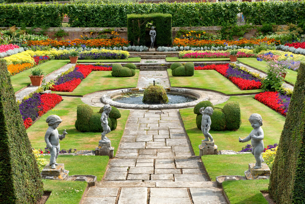 Hampton Court Palace Garden